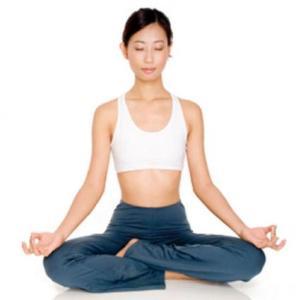 113276-419x425-Yoga_lotus_pose