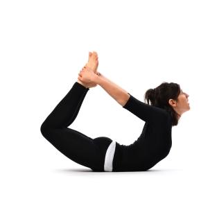 Bow-pose-Dhanurasana1